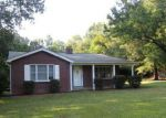Foreclosed Home in Greenwood 29646 WOODLAND WAY - Property ID: 4224556750