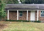 Foreclosed Home in Memphis 38118 PINEY WOODS AVE - Property ID: 4224571638