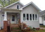 Foreclosed Home in Racine 53405 ARTHUR AVE - Property ID: 4224649600