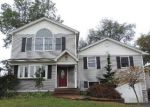 Foreclosed Home in Westbury 11590 HYACINTH ST - Property ID: 4225021435