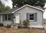 Foreclosed Home in Wood River 62095 12TH ST - Property ID: 4225621906