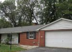 Foreclosed Home in Belleville 62226 WOODFIELD DR - Property ID: 4225640285
