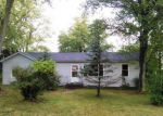 Foreclosed Home in Waterloo 62298 LL RD - Property ID: 4225982795