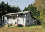Foreclosed Home in Hampton 37658 COLEMAN RD - Property ID: 4226427326