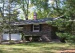 Foreclosed Home in Green Bay 54304 EVERBREEZE RD - Property ID: 4226503537