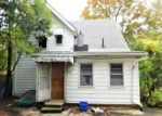 Foreclosed Home in Hartford 6106 S WHITNEY ST - Property ID: 4226579751