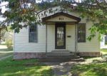 Foreclosed Home in Gillespie 62033 1ST ST - Property ID: 4227055380