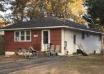 Foreclosed Home in Mastic 11950 MONROE ST - Property ID: 4227973826