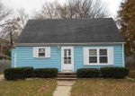 Foreclosed Home in Green Bay 54302 EASTMAN AVE - Property ID: 4228033830