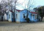 Foreclosed Home in Lawton 73507 NW KINGSBURY AVE - Property ID: 4228311945