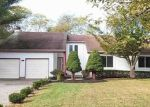 Foreclosed Home in Calverton 11933 SOUTHFIELD RD - Property ID: 4228454267