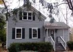 Foreclosed Home in Auburn Hills 48326 N SQUIRREL RD - Property ID: 4228671958
