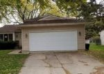 Foreclosed Home in South Elgin 60177 LA FAYETTE DR - Property ID: 4228973267