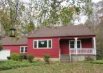 Foreclosed Home in Clinton 6413 VALLEY RD - Property ID: 4229185693