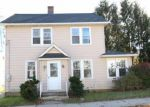 Foreclosed Home in Waterbury 06710 EARL ST - Property ID: 4229197517
