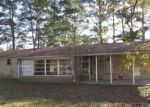 Foreclosed Home in Decatur 35601 IRIS ST SW - Property ID: 4229323655