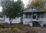 Foreclosed Home in Greenville 27834 CONTENTNEA ST - Property ID: 4230017400