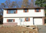 Foreclosed Home in Waterbury 06708 NEW HAVEN AVE - Property ID: 4230604277