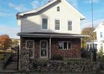 Foreclosed Home in Waterbury 06706 SOUTH ST - Property ID: 4230617876