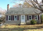 Foreclosed Home in Waterbury 06706 HORSESHOE DR - Property ID: 4230620942