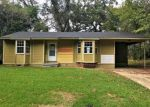 Foreclosed Home in Vicksburg 39183 MEADOWVALE DR - Property ID: 4231034374