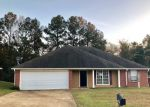 Foreclosed Home in Tupelo 38804 EMILY ST - Property ID: 4231044451