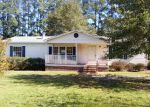 Foreclosed Home in Lumberton 28358 DOE TRAIL RD - Property ID: 4231078614