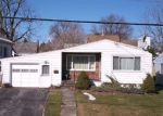 Foreclosed Home in Syracuse 13206 LILLIAN AVE - Property ID: 4231154826