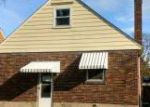 Foreclosed Home in Cincinnati 45211 ROBB AVE - Property ID: 4231171463