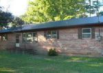 Foreclosed Home in Winchester 37398 ALLEN DR - Property ID: 4231336580
