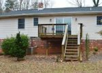 Foreclosed Home in Rochelle 22738 BUGGY LN - Property ID: 4232176166