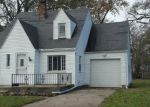Foreclosed Home in Toledo 43614 WINNETTE DR - Property ID: 4232346546