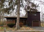 Foreclosed Home in Castleton On Hudson 12033 S MAIN ST - Property ID: 4232964530