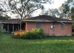 Foreclosed Home in Victoria 77901 ERWIN AVE - Property ID: 4233015783
