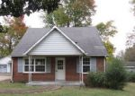 Foreclosed Home in Clarksville 37042 HIGH POINT RD - Property ID: 4233066130