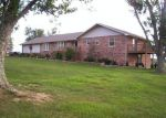 Foreclosed Home in Crossville 38555 MARTIN RD - Property ID: 4233081916