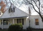 Foreclosed Home in Saint Louis 63135 HEYDT AVE - Property ID: 4233453301