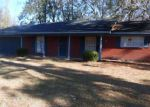 Foreclosed Home in Vicksburg 39180 SHADY LN - Property ID: 4233463379