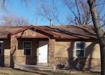 Foreclosed Home in Topeka 66605 SE MINNESOTA AVE - Property ID: 4233703390