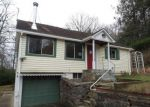 Foreclosed Home in New Fairfield 6812 JOYCE HILL RD - Property ID: 4234019613
