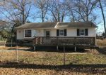 Foreclosed Home in Tuckerton 08087 LAKE DEERBROOK DR - Property ID: 4234221964
