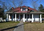 Foreclosed Home in Wakefield 23888 W MAIN ST - Property ID: 4234306934