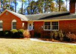 Foreclosed Home in Lake Waccamaw 28450 OAK RD - Property ID: 4234404590
