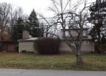 Foreclosed Home in Elizabethtown 42701 HELMWOOD DR - Property ID: 4234785181