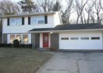 Foreclosed Home in Gary 46403 HICKORY AVE - Property ID: 4234821992