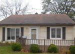Foreclosed Home in Lansing 60438 LORENZ AVE - Property ID: 4234842115