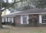 Foreclosed Home in New Orleans 70128 BRANCH DR - Property ID: 4235769310
