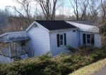 Foreclosed Home in Fairmont 26554 EDGEWAY DR - Property ID: 4236104810