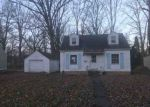 Foreclosed Home in Fort Wayne 46806 PLAZA DR - Property ID: 4236625105