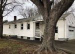Foreclosed Home in Hamden 06514 WINTERGREEN AVE - Property ID: 4237036818